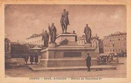 Corse        83       Ajaccio.Statue De Napoléon 1er - Ajaccio