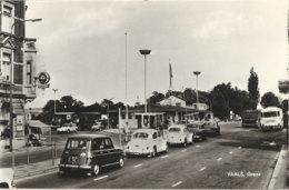 1970 - VAALS - Grens - Grenze - Douane - Renault 4 - VW Kever - Autres