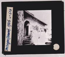 Oude Glasplaat (8,5 X 10cm).  SUISSE.  Intragna.  Locarno  Maisonnette Avec Escalier . 1946 - Glasplaten