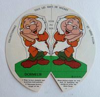 CHROMO PUBLICITAIRE MERE PICON 1965 WALT DISNEY - BLANCHE NEIGE -  FIGURINE DORMEUR (2) - Sammelbilder