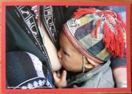 FEMME BEBE AU SEIN ALLAITEMENT VIETNAM PHOTO MARTIEN VAN ASSELDONK BREASTFEEDING MATERNITE SEINS NUS TETEE - Ethniques, Cultures