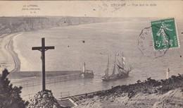 76. FECAMP. CPA .VUE SUR LA RADE. ANNEE 1909 + TEXTE - Fécamp