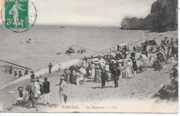 ETRETAT - ( 76 ) - Les Baigneurs - Etretat