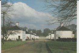 Postcard - Houghton Village, Norfolk - Unused Very Good - Cartes Postales