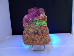 GRANITE AVEC AUTUNITE (réagit Bien Aux UV) Et Autre Minéral Jaune Fibreux 12 X 7 Cm Auvergne - Minéraux