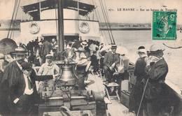 76 271 LE HAVRE Sur Un Bateau De Trouville - Le Havre