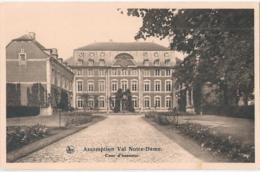 Assomption Val Notre-Dame - Cour D'honneur - Wanze