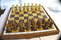 Chess Exclusive Plastic Magnetic Road (set) 1990s Russia. - People