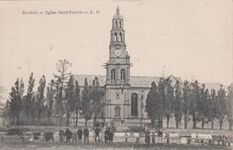 CPA Bayeux - Eglise Saint-Patrice (animation Avec Linge étendu) - Bayeux