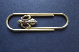 BRASS PAPER/MONEY CLIP LARGE SIZE WITH SCOUT SIGN - Other Collections