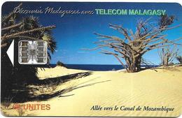 @+ TC De Madagascar : Beach (Canal De Mozambique) -  SC7 - 600 000ex ( Ref : MDG-26a) - Madagaskar