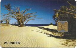 @+ TC De Madagascar : Beach (Canal De Mozambique) -  OB2 - 600 000ex ( Ref : MDG-32) - Madagascar