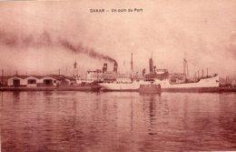 SENEGAL DAKAR UN COIN DU PORT TBE - Sénégal