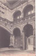CPA - 24. Toulouse Cour De L'hôtel De Bernuys - Toulouse
