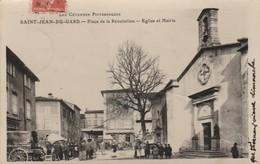 Gard : SAINT-JEAN-du-GARD : Place De La Révolution - église Et Mairie Jour De Marché ( Belle Animation ) - Saint-Jean-du-Gard