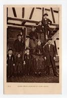 - CPA FOLKLORE - JEUNES MARIÉS ALSACIENS ET LEURS INVITÉS 1932 - Editions BRAUN 23 A - - Costumes