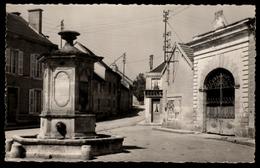 51 - Localité D'AMBONNAY (Marne) - Place De La Fontaine - Autres Communes