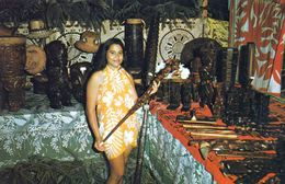1 AK Französisch-Polynesien * Polynesian Craftman Exhibit, During The Feasts Of July 1969 In Papeete * - French Polynesia