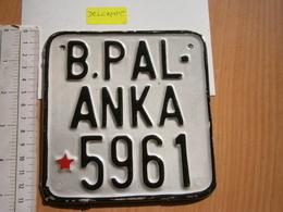 2000 MOTOR MOTORCYCLE LICENSE PLATE SFRJ SOCIALISTIC YUGOSLAVIA MOTORRAD NUMMERNSCHILD TARGA PLAQUE D'IMMATRICULATION - Number Plates