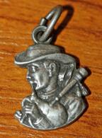 """Joli Petit Pendentif Breton Ancien """"Joueur De Cornemuse - Sonneur Breton"""" Bretagne - Médaille - Celtic Medal - Pendentifs"""