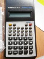 Vintage Electronic Pocket SCIENTIFIC Calculator CASIO FRACTION BEST VIEW FX-82LB CALCULATRICE TASCHENRECHNER Kalkulator - Technical