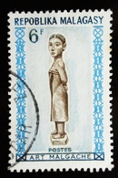 1964 MADAGASCAR YT 397 Carved Statue Of Woman.  Malagasy Art . Oblitération DIEGO SUAREZ - Madagascar (1960-...)
