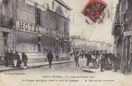 Meuse - Saint-Mihiel - En Temps De Grande Crue - Les Pompes Municipales Vident Les Caves Des Habitants - Saint Mihiel