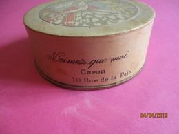 Maquillage/Boite De Poudre De Riz/ CARON/ N'Aimez Que Moi/ 10 Rue De La Paix /Vers 1930-50 PARF190 - Kosmetika
