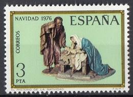 Spagna 1976 Sc. 2007 Christmas Nativity Natale Sacra Famiglia Statua In Legno  Nuovo MNH  Spain Espana - Cristianesimo