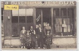 MEHUN Sur YEVRE : Devanture Du Coiffeur GARCAULT , Superbe Carte Photo ! - Commerce. - Mehun-sur-Yèvre
