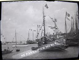 GRANDCAMP LES BAINS 14 CALVADOS MAISY Bateau Fête De La Mer ? NEGATIF PHOTO Sur Plaque De Verre - Lieux