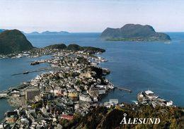 1 AK Norwegen * Blick Auf Die Stadt Ålesund Und Vorgelagerte Inseln - Luftbildaufnahme * - Norwegen