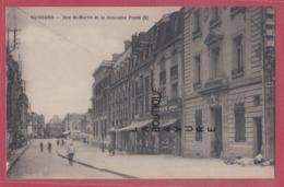02 - SOISSONS---Rue St Martin Et La Nouvelle Poste--commerces--animé - Soissons
