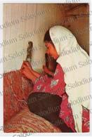 IRAN - Girl Weaving Carppe Of Kerman . Tappeto Carpet - Storia Postale Annullo Meccanico Commodore Hotel - Iran