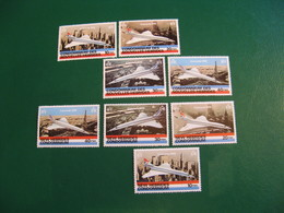 NOUVELLES HEBRIDES POSTE ORDINAIRE N° 527/530 + 531/534  TIMBRES NEUFS** COTE 30,00 EUROS - Unused Stamps
