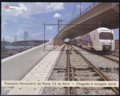 Portugal, 1999, 2361 Block 155, Eisenbahntrasse über Die Tejo-Brücke In Lissabon. MNH ** - Blocks & Sheetlets