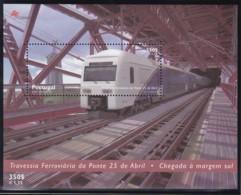 Portugal, 1999, 2360 Block 154, Eisenbahntrasse über Die Tejo-Brücke In Lissabon. MNH ** - Blocks & Sheetlets