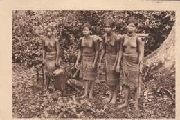 Cochinchine.  Bienhoa- Groupes De Femmes Cho-Ma.  Scan - Postcards