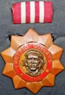 O424 CUBA ORDEN MILITAR MEDALLA ERNESTO CHE GUEVARA TERCERA CLASE. - Medals