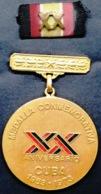 O427 CUBA MEDALLA 1973 MILITAR MEDAL XX ANIV ASALTO CUARTEL MONCADA BARRACKS ATTACK, FIDEL CASTRO. - Medals