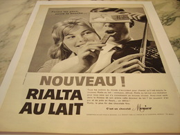ANCIENNE PUBLICITE FERME LES YEUX  CHOCOLAT  MENIER 1959 - Afiches