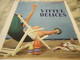 ANCIENNE PUBLICITE LE SODA QUI FAIT JEUNE  VITTEL DELICES  1959 - Afiches