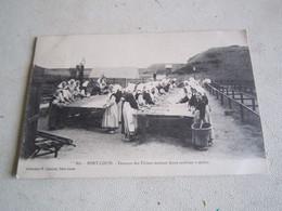 Ancienne Carte Postale CPA Port Louis Femme Usine Sardine - Pêche