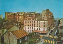 "CPSM Malakoff - La Rue Hoche (avec Café ""Les Sports"") - Malakoff"
