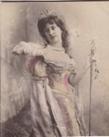FEMME WOMAN THEATER DISGUISE COLORISE. CARD TARJETA COLECCIONABLE HABANOS. CIRCA 1915 SIZE 4.5x5.5cm - BLEUP - Personnes
