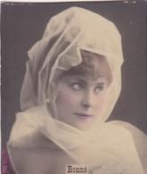 BONNE. COLORISE. CARD TARJETA COLECCIONABLE TABACO. CIRCA 1915 SIZE 4.5x5.5cm - BLEUP - Berühmtheiten