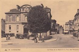 50 / AVRANCHES / PLACE DE LA MAIRIE ET TOUR DES REMPARTS - Avranches