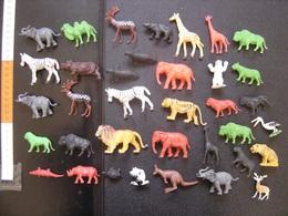 Lot ANIMAUX SAUVAGES Jungle Savane MAUVAIS ETAT Prix En Consequence INTERESSANT ? - Figurines
