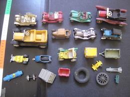 Lot AUTOMOBILE Voiture Car MAUVAIS ETAT Prix En Consequence A VOIR INTERESSANT ? - Figurines