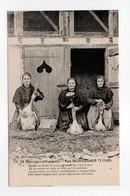 - CPA La Gascogne Pittoresque (32) - Les GORGEUSES D'OIES - Edition J. Maragnon N° 79 - - France